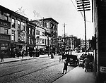 View of Exchange Place from Bank and Center Streets in Waterbury, 1914. The Elton Hotel strait ahead at left.