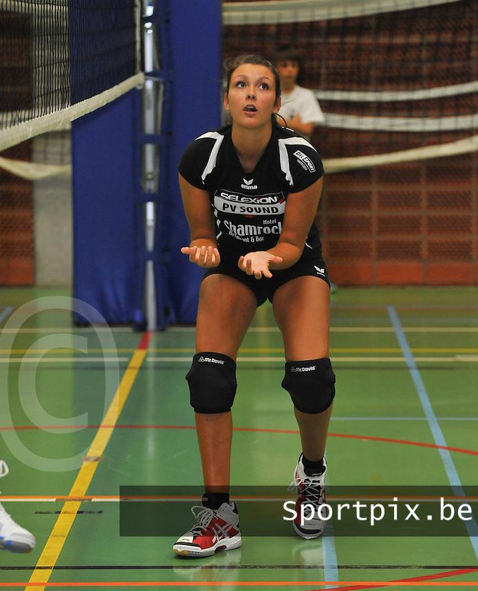 Tievolley Tielt : Raisa Thielemans.foto VDB / BART VANDENBROUCKE