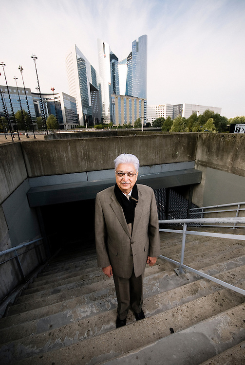 Portrait of Azim Premji, 58, Wipro's chairman and principal shareholder / September 18, 2008 / photo: Antoine Doyen