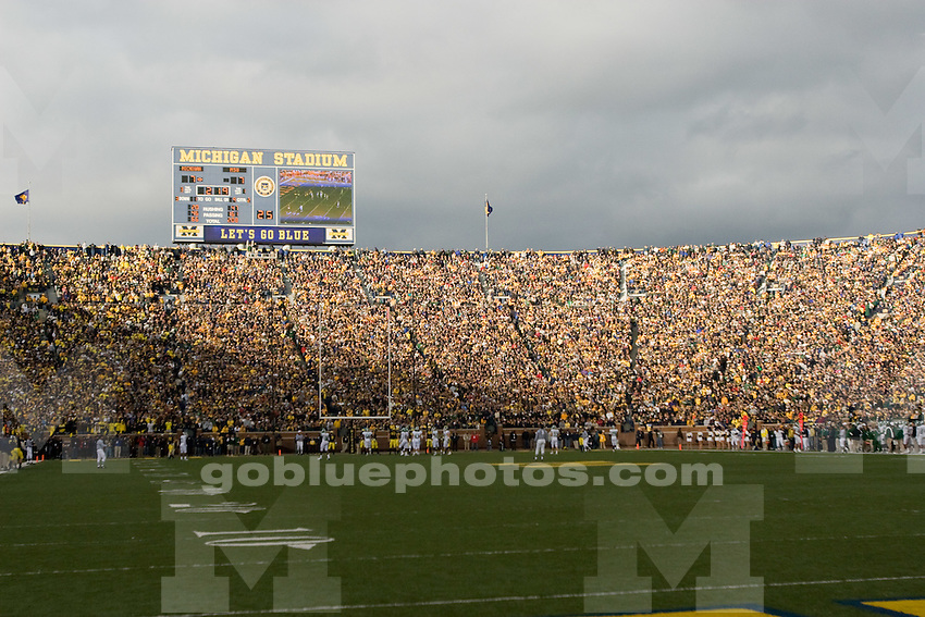 10/25/08 Football U-M vs. Michigan State at Michigan Stadium.