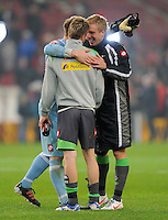 FUSSBALL   1. BUNDESLIGA  SAISON 2011/2012   19. Spieltag   29.01.2012 VfB Stuttgart - Borussia Moenchengladbach    Torwart Marc Andre ter Stegen, Mike Hanke, Marco Reus (v. li., Borussia Moenchengladbach)