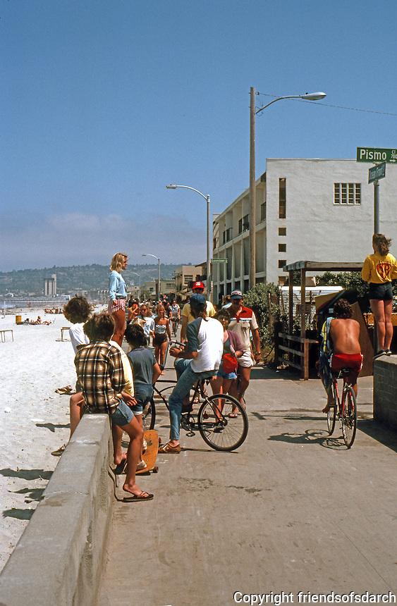 San Diego: Bike and Foot Traffic. Ocean Front Walk, Mission Beach.  (Photo 1982)