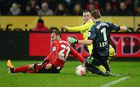 FUSSBALL   1. BUNDESLIGA   SAISON 2012/2013    20. SPIELTAG Bayer 04 Leverkusen - Borussia Dortmund                  03.02.2013 Oemer Toprak (li) und Torwart Bernd Leno (re, beide Bayer 04 Leverkusen)   gegen Mario Goetze (Mitte, Borussia Dortmund)