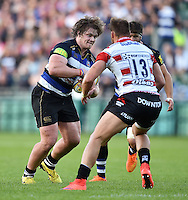 Nick Auterac of Bath Rugby faces off against Bill Meakes of Gloucester Rugby. West Country Challenge Cup match, between Bath Rugby and Gloucester Rugby on September 26, 2015 at the Recreation Ground in Bath, England. Photo by: Patrick Khachfe / Onside Images