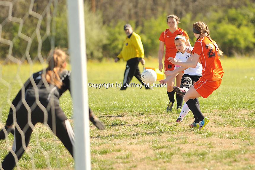 HHS Girls Soccer v Mount Vernon 040916