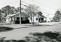1998 February ..Conservation.Campostella Heights..Campostella Heights Study.Fair Structures.1009-1007 Oakwood Street looking Northwest...NEG#.NRHA#.02/98  SPECIAL: Camp.1 2:7:16.