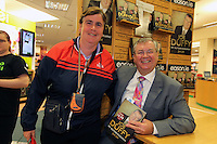 NO FEE PICTURES.15/10/11 Eason, Ireland's leading retailer of books, stationery, magazines and lots more, hosted a book signing by RTE presenter, Joe Duffy. Pictured at Eason,O'Connell Street, Dublin is Joe Duffy who signed copies of his new autobiography Just Joe..Follow Eason on Twitter @easons. Pictured with Joe Duffy is Deirdre Butler, Kells, Co Meath. Pictures:Arthur Carron/Collins
