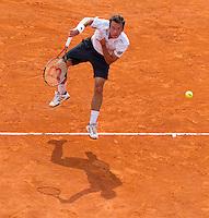 Phillip KOHLSCHREIBER (GER) against David FERRER (ESP) against in the Quarter Finals. David Ferrer beat Phillip Kohlschreiber 7-5 7-6...International Tennis - 2010 ATP World Tour - Masters 1000 - Monte-Carlo Rolex Masters - Monte-Carlo Country Club - Alpes-Maritimes - France..© AMN Images, Barry House, 20-22 Worple Road, London, SW19 4DH.Tel -  + 44 20 8947 0100.Fax - + 44 20 8947 0117