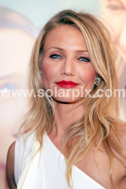 """**ALL ROUND PICTURES FROM SOLARPIX.COM**.**SYNDICATION RIGHTS FOR UK, AUSTRALIA, DENMARK, PORTUGAL, S. AFRICA, SPAIN & DUBAI (U.A.E) ONLY**.Cameron Diaz arrives for the premiere of """"My Sister's Keeper"""". Held at AMC Lincoln Square, 1998 Broadway, New York City, NY, USA. June 24, 2009..This pic: Cameron Diaz..JOB REF: 9331 PHZ (Gaboury)   DATE: 24_06_2009.**MUST CREDIT SOLARPIX.COM OR DOUBLE FEE WILL BE CHARGED**.**ONLINE USAGE FEE GBP 50.00 PER PICTURE - NOTIFICATION OF USAGE TO PHOTO @ SOLARPIX.COM**.**CALL SOLARPIX : +34 952 811 768 or LOW RATE FROM UK 0844 617 7637**"""