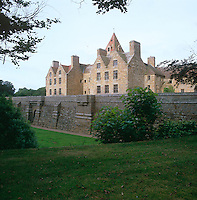 St Ouen's Manor was largely rebuilt around 1880 but the building has mellowed over the ensuing years and now blends with its medieval surroundings.  It was the home of the de Carteret family - Philippe de Carteret was the first Governor of New Jersey