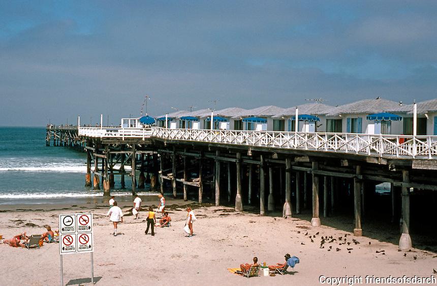 San Diego: Crystal Pier, Pacific Beach.  (Photo 1982)