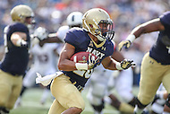 Annapolis, MD - September 9, 2016: Navy Midshipmen running back Dishan Romine (28) in action during game between UConn and Navy at  Navy-Marine Corps Memorial Stadium in Annapolis, MD. September 9, 2016.  (Photo by Elliott Brown/Media Images International)