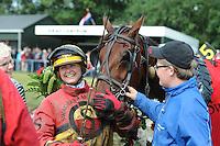 DRAFSPORT: JOURE: Harddraverij en Renvereniging Joure, 13-07-2012, Swipedei, draverij om de Gouden Swipe, winnares Chantal van Ooijen met het paard Andrea Swagerman (#5), ©foto Martin de Jong