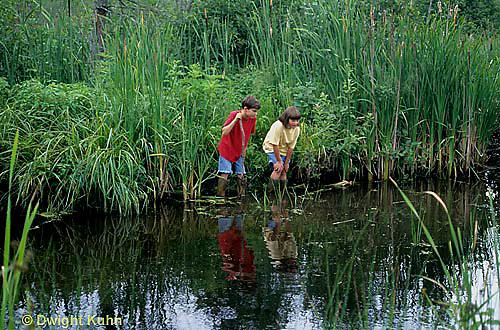 FA27-121z  Children exploring at pond
