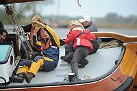 ZEILSPORT: LANGWEER: 22-04-2017, Skûtsjesilen Langweer, ©foto Martin de Jong