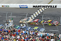 30 March - 1 April, 2012, Martinsville, Virginia USA.Jeff Gordon, Jimmie Johnson, Brad Keselowski, Clint Bowyer, Ryan Newman, restart.(c)2012, Scott LePage.LAT Photo USA