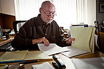 Los Angeles Times columnist George Skelton in his office in the Sacramento, Calif., bureau, October 22, 2012.