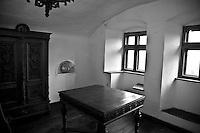 stanze interne del castello, rooms inside the castle,chambres à l'intérieur du château