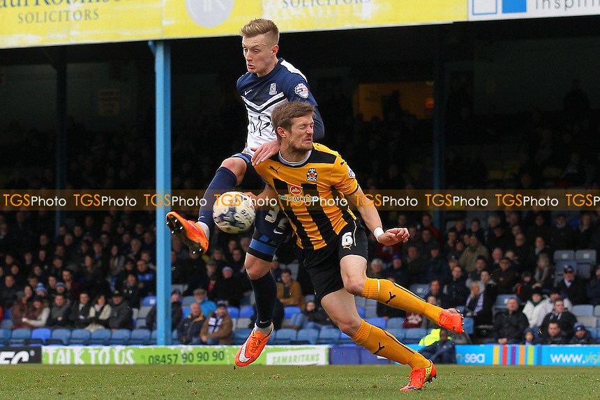 Joe Pigott of Southend United tangles with Ian Miller of Cambridge United - Southend United vs Cambridge United - Sky Bet League Two Football at Roots Hall, Southend-on-Sea, Essex - 21/03/15 - MANDATORY CREDIT: Gavin Ellis/TGSPHOTO - Self billing applies where appropriate - contact@tgsphoto.co.uk - NO UNPAID USE
