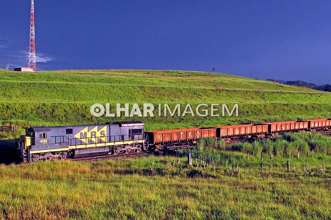 Transporte ferroviário de carga. São Paulo. 2009. Foto de Juca Martins.