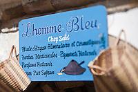 Afrique/Afrique du Nord/Maroc/Essaouira: Enseigne d'une boutique d'Huile d'argan, plantes médecinales, dans la médina