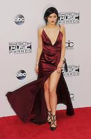 NOV 23 2014 American Music Awards - Arrivals