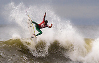 Julian Wilson (AUS) competes in Round 3, Heat 11, of the 2011 Quiksilver Pro New York in Long Beach, NY.