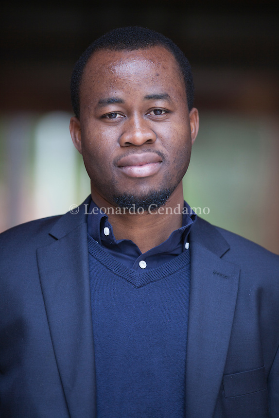 "Chigozie Obioma, Chigozie Obioma (born 1986) is a Nigerian writer. He is, effective Fall 2015, an Assistant Professor of literature and creative writing at the University of Nebraska-Lincoln.[1] He has been called, in a New York Times book review, ""the heir to Chinua Achebe."" Chigozie Obioma,  nato in Nigeria, vive a New York. Roma, 20 marzo 2016. Roma, Libri come. © Leonardo Cendamo"