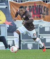Football: GER, second division, FC St. Pauli - Dynamo Dresden, Hamburg, 28.10.2012.Joseph-Claude Gyau (FC St. Pauli, #15).© pixathlon