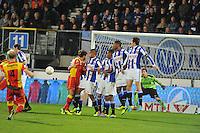 VOETBAL: ABE LENSTRA STADION: HEERENVEEN: 30-11-2013, SC Heerenveen - Go Ahead Eagles, uitslag 3-1, vrije trap Jop van der Linden (#4 | GAE), ©foto Martin de Jong
