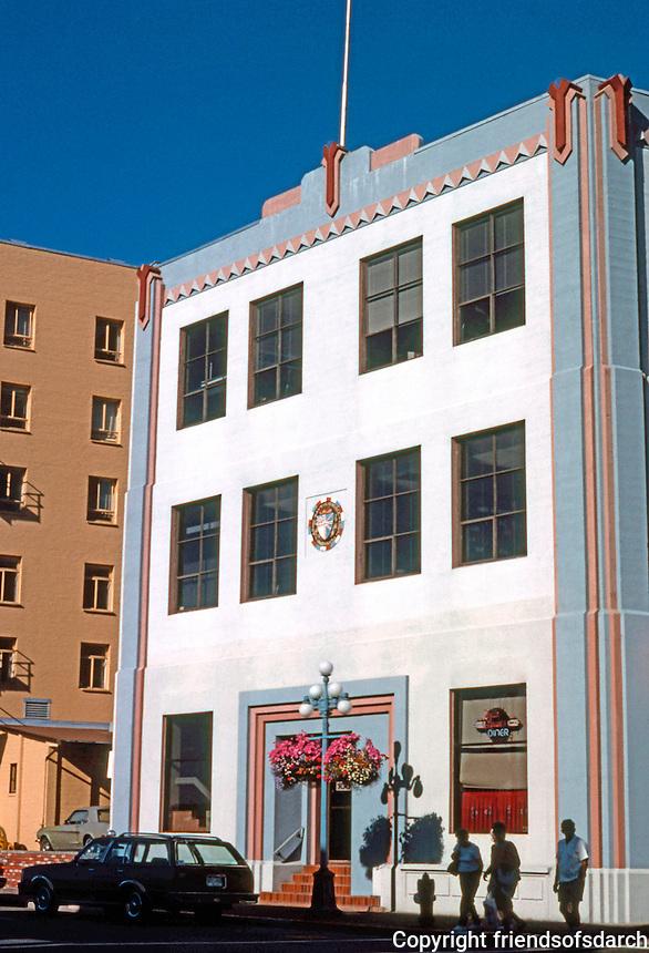 Victoria: 1001 Wharf St.--1930's  Zig-zag Moderne.  Photo '88.