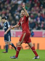 FUSSBALL   1. BUNDESLIGA  SAISON 2012/2013   27. Spieltag   FC Bayern Muenchen - Hamburger SV    30.03.2013 Claudio Pizarro (FC Bayern Muenchen) emotional