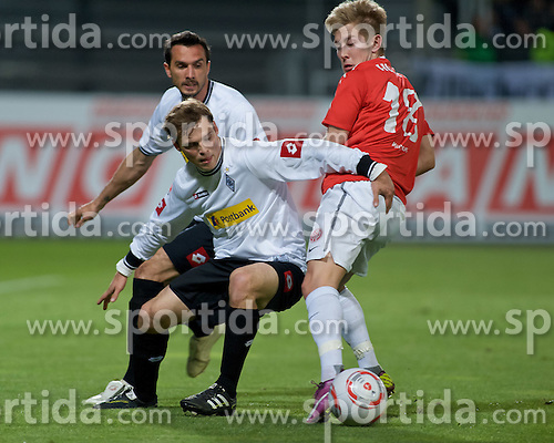 15.04.2011, Bruchwegstadion, Mainz, GER, 1. FBL, Mainz 05 vs Borussia M Gladbach, im Bild vl. Martin Stranzl (Gladbach #39), g16, Lewis HOLTBY (Mainz GER #18), EXPA Pictures © 2011, PhotoCredit: EXPA/ nph/  Roth       ****** out of GER / SWE / CRO  / BEL ******