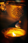 Made from copper or silver, these lamps are used for the offering. Filled with butter, they lighten altars. //// Ces lampes, en cuivre ou en argent, servant &agrave; l'offrande, apparaissent sur tous les autels tib&eacute;tains. Elles sont utilis&eacute;es &agrave; la mani&egrave;re des bougies&nbsp;: la coupe est remplie de beurre et munie d'une m&egrave;che qu'on allume.
