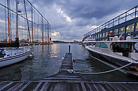 Golf Club Chelsea Piers, Driving Range, Pier 59, Hudson River Park, Manhattan, New York City, New York, USA