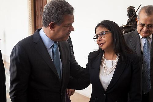 El expresidente Leonel Fernández y la canciller de venezuela, Delcy Rodríguez