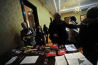 """Yolande Mukagasana , candidata al Premio Nobel per la Pace 2011 .Presentazione del libro """"UN GIORNO VIVRO' ANCH'IO"""", il genocidio del Rwanda raccontato ai giovani..5 febbraio 2011 - Palazzo Valentini - Provincia di Roma ,Sala di Liegro..."""
