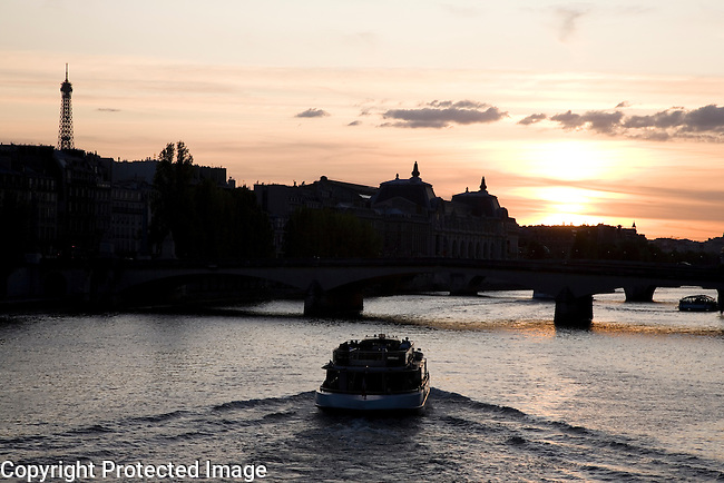 River Seine, Paris, France, Europe
