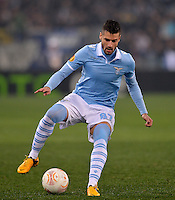 FUSSBALL   INTERNATIONAL   UEFA EUROPA LEAGUE   SAISON 2012/2013    Zwischenrunde Lazio Rom - Borussia Moenchengladbach      21.02.2013 Antonio Candreva(Lazio Rom) am Ball