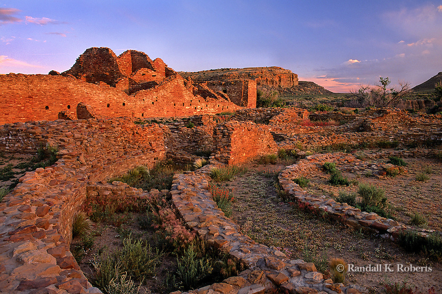 Pueblo del Arroyo ruin, Chaco Culture National Historical Park, New Mexico