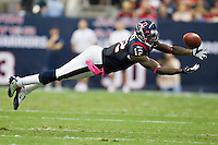 HOUSTON, TX - OCTOBER 9:   Jacoby Jones #12 of the Houston Texans stretches out for a pass against the Oakland Raiders at Reliant Stadium on October 9, 2011 in Houston, Texas.  The Raiders defeated the Texans 25 to 20.  (Photo by Wesley Hitt/Getty Images) *** Local Caption ***Jacoby Jones