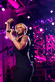 Washington, DC - January 20, 2009 -- United States Mary J. Blige performs at the the Neighborhood Inaugural Ball at the Washington Convention Center on January 20, 2009 in Washington, DC. Obama became the first African-American to be elected to the office of President in the history of the United States. .Credit: Chip Somodevilla - Pool via CNP