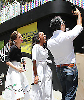 NEW YORK, NY - JUNE 22:   Allison Williams and Kelly Rowland take a selfie with Jaime Camil at the Breyers Ice Cream 150th Birthday Blowout celebration in Madison Square Park in New York, New York on June 22, 2016.  Photo Credit: Rainmaker Photo/MediaPunch