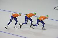 SCHAATSEN: CALGARY: Olympic Oval, 09-11-2013, Essent ISU World Cup, Jan Blokhuijsen, Sven Kramer, Koen Verweij, ©foto Martin de Jong