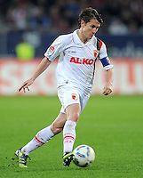 FUSSBALL   1. BUNDESLIGA  SAISON 2011/2012   30. Spieltag FC Augsburg - VfB Stuttgart           10.04.2012 Paul Verhaegh (FC Augsburg)