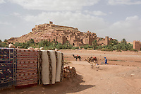 Morocco - Aït Benhaddou - Thanks to its perfectly preserved Kasbah, the village of Aït Benhaddou has provided the setting for several well-known movies, including Lawrence of Arabia, The Jewel of the Nile, 007 – The Living Daylights, Babel, Queen of the Desert and Prince of Persia. The village hosted also the fighting arena of Gladiator.