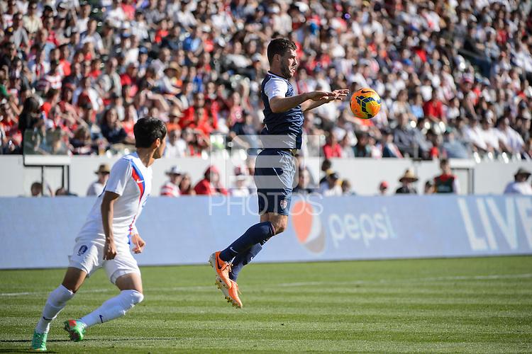 Carson, Ca - Saturday, Feb. 1, 2014: The USA Men's national team defeated South Korea 2-0 during an international friendly.