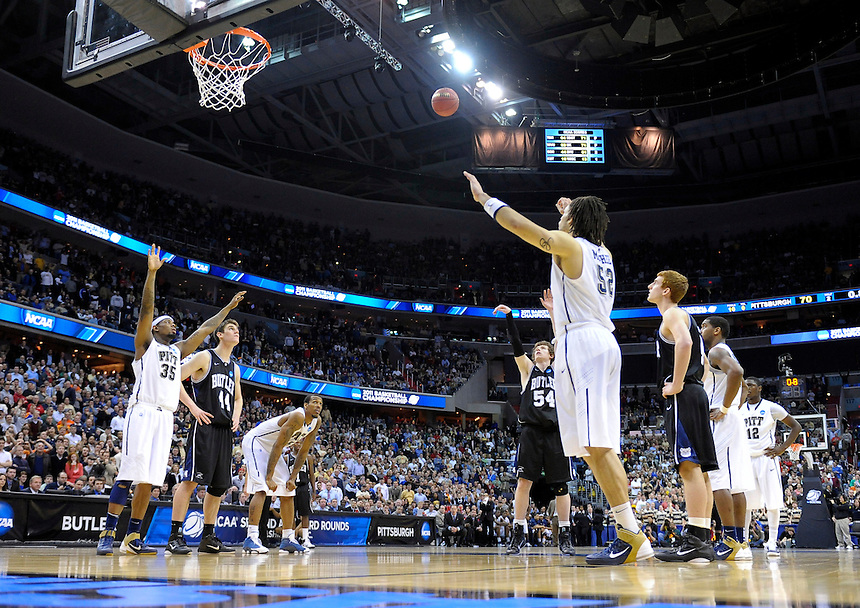 Matt Howard of the Bulldogs converts the free-throw attempt. Butler upset no.1 seed Pittsburgh 71-70 during the 3rd round of the NCAA Tournament at the Verizon Center in Washington, D.C on Saturday, March 19, 2011. Alan P. Santos/DC Sports Box