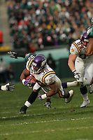 16 Jan 2005:  Onterrio Smith of the Minnesota Vikings during the Philadelphia Eagles 27-14 victory over the Minnesota Vikings at Lincoln Financial Field in Philadelphia, PA. <br /> <br /> Mandatory Credit:Todd Bauders/ContrastPhotography.com