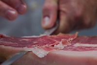 Ham slicing competition 2012